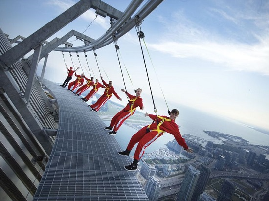 CN Tower Edge Walking (Toronto, Canada)