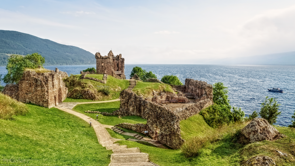Scotland - Ruins of Urquhart Castle