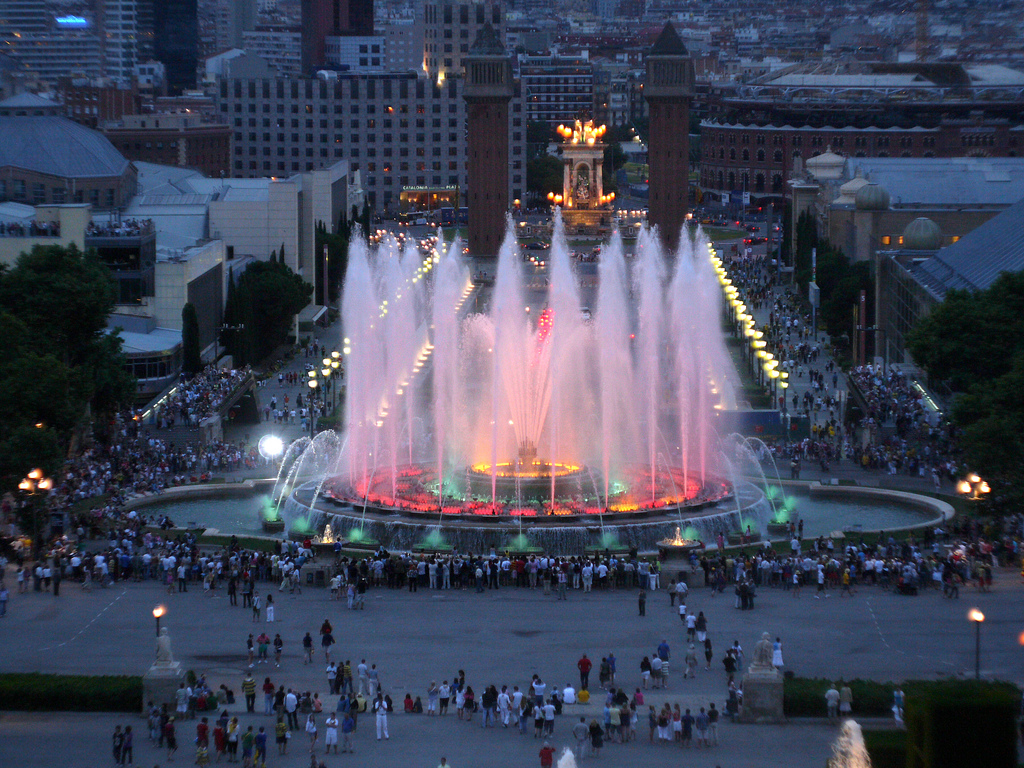 Magic-Fountain-Montjuic-Barcelona1