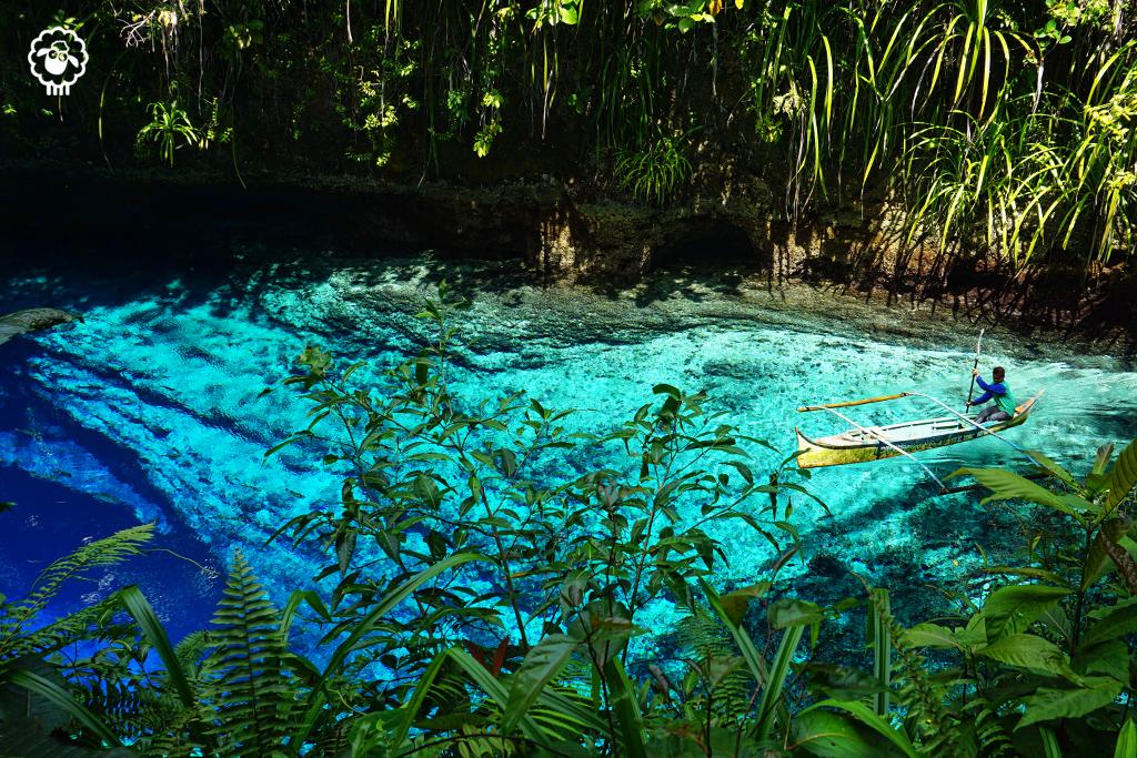 Hinatuan_enchanted_river3