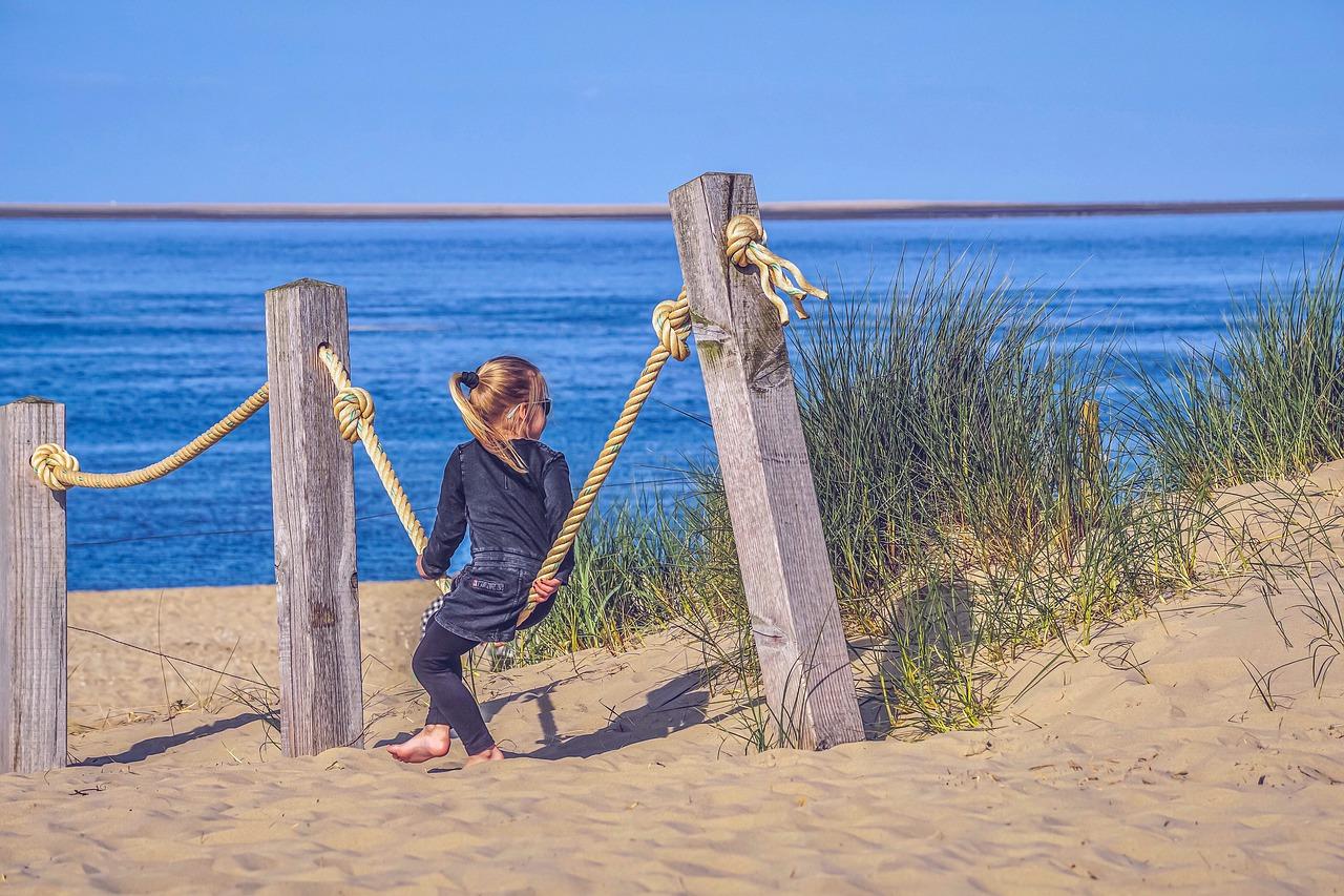beach-4231192_1280